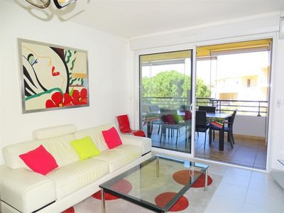 Photo for Charming air conditioned T3 in residence with swimming pool in Calvi