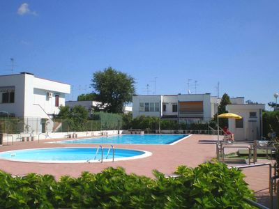 Photo for Bright chalet Residence with pool and large terrace with barbecue.