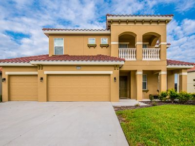 Photo for Beautiful 6 Bed Gated Pool Home At Solterra Resort From $225/nt!