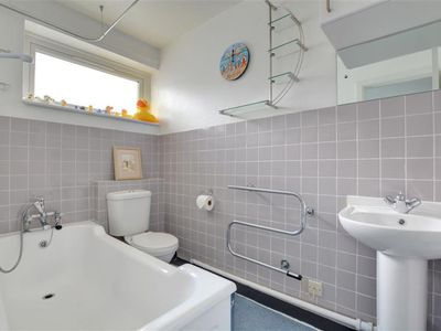 Photo for Apartment Rottingdean in Brighton - 4 persons, 1 bedrooms