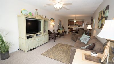 TWO POOLS, FISHING PIER, PRIVATE BEACH ACCESS, COZY ACCOMMODATIONS