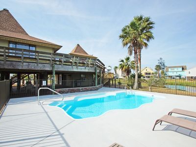 Photo for Private Pool, Fishing Pier, 1,000 Sq Ft of Deck Space, Pet-friendly!