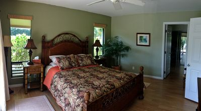 Photo for Tropical home, many extras!  Bikes, Beach gear, Outdoor shower! Rave Reviews!