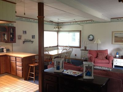 Photo for Charming 2 Bedroom Cottage- Crescent Beach Ontario (Fort Erie)