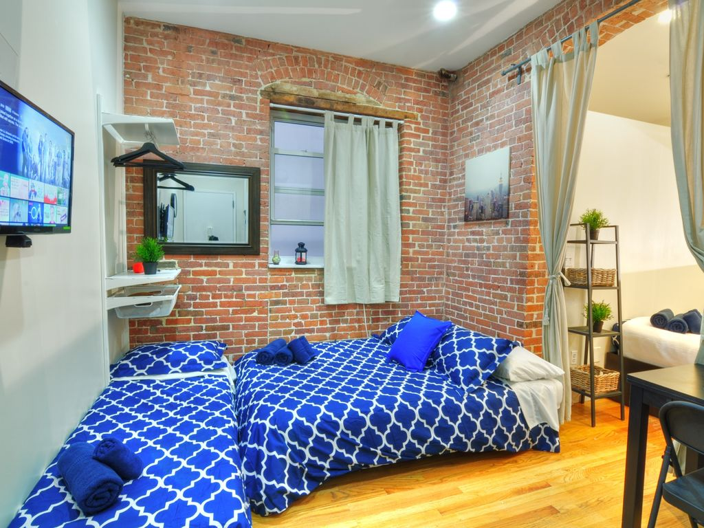 The Cozy Studio One Bedroom Apartment Sleeps 5 Long Island City New York