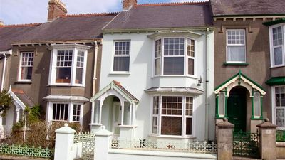 Photo for Queens Parade 9 - Four Bedroom House, Sleeps 6