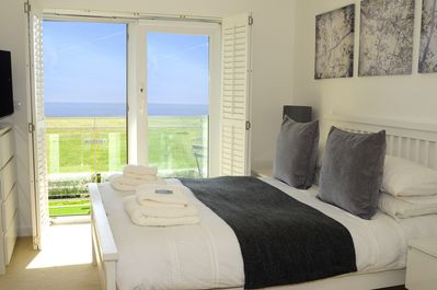 apartment with amazing beach and sea views
