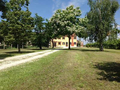 Photo for TYPICAL VENETIAN COUNTRY HOUSE: 45min from Lake Garda, Mantua, Verona and Venice