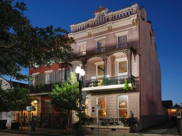 Arts District Gem - Walk to the French Quarter