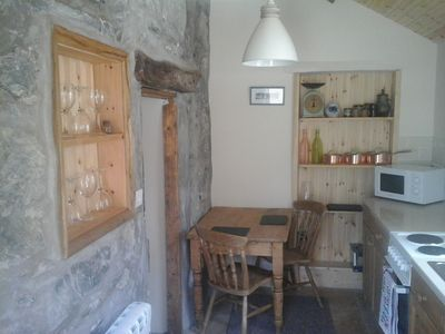 Photo for Cosy one bedroomed stone cottage close to Porth Dinllean near Morfa Nefyn