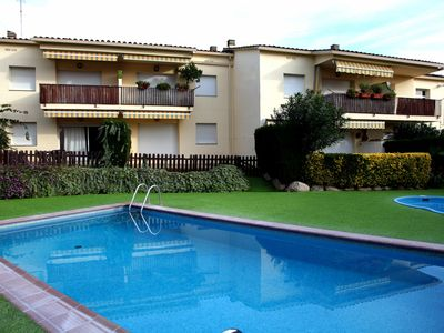 Photo for Apartment with terrace and communal pool ESC. 1 1º2ª