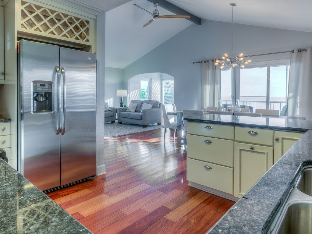 Cable TV, WIFI,and PETS Allowed,Heated Pool... - VRBO