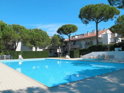 Photo for Apartment Villaggio Parco Hemingway (LIG303) in Lignano Pineta - 7 persons, 1 bedrooms