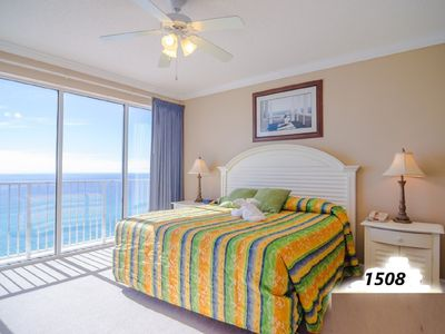 Photo for Spacious Modern Beachfront Condo with Amazing Views of the Ocean