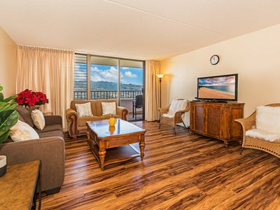 Photo for Gorgeous 2BR Royal Kuhio High Floor Condo with Full Kitchen & Free Parking