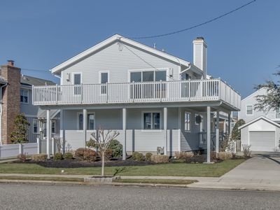 Photo for 2-WEEK MINIMUM RENTAL. SOUTH-END Avalon at it's finest only 1 BLOCK TO THE BEACH.