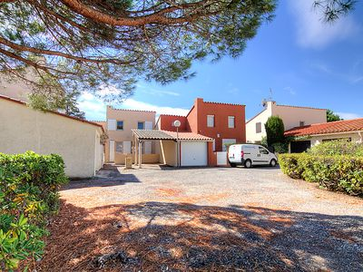 Photo for 2 bedroom Villa, sleeps 6 in Saint-Cyprien-Plage with WiFi