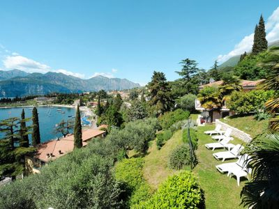 Photo for One bedroom Apartment, sleeps 4 in Malcesine