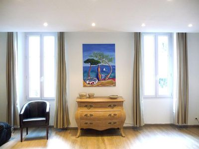 Photo for Immaculate apartment in small bourgeois building, 100m Palais des Festivals