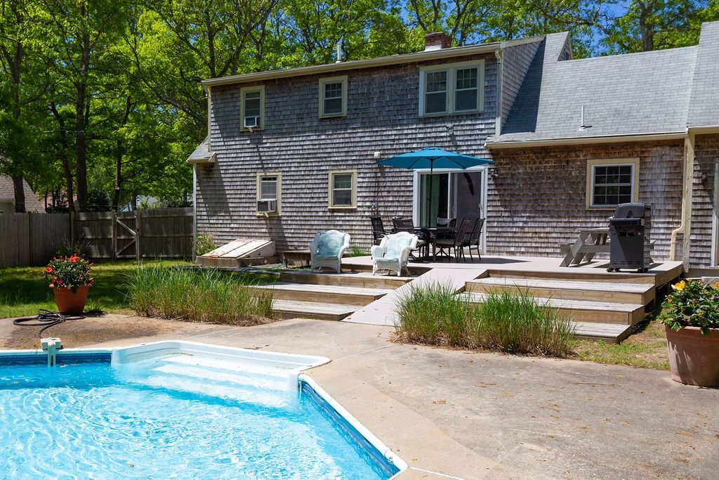 Four Bedroom Pool Oasis Steps from the Water - East Falmouth