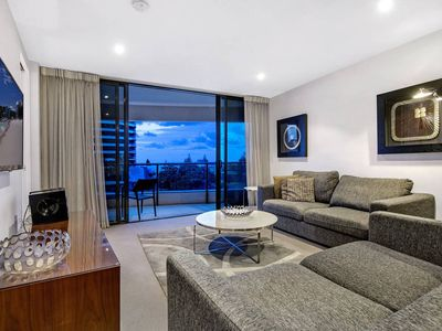 Photo for Amazing Value - 2 Bed 1 Bath in Oracle Broadbeach