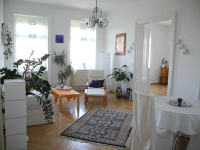 Photo for Lovingly furnished Jugendstilwohnung in Gründerzeithaus