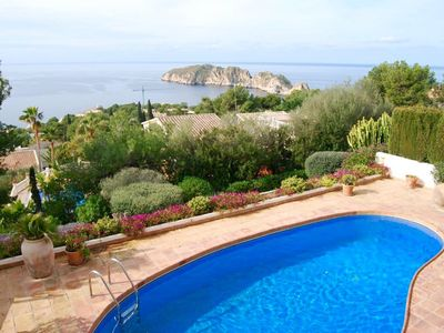 Photo for Mediterranean villa with private pool and breathtaking views