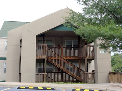 Photo for Branson Condo Rental   Eagles Nest   Indian Point   Silver Dollar City   Pool   Hot Tub (041602)