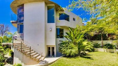 CENTRAL STUNNING MODERN PALACE w/ PANORAMIC VIEWS OF SD BAY/DOWNTOWN
