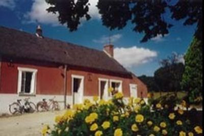 Photo for Longhouse house in the heart of Tourangelle Nature
