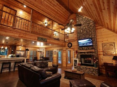 Photo for Five bedroom sleeps 14 – game room – kaniatobe trails area – pets allowed