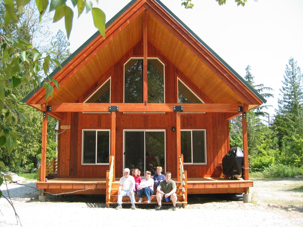 Lake Wenatchee Retreat! Sun, Fun, And Family At The Cabin!