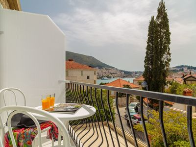 Photo for Apartment in Dubrovnik with Internet, Air conditioning, Terrace, Balcony (968948)
