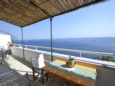 Photo for One bedroom Villa, sleeps 4 in Positano with Air Con and WiFi