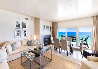 Walk right into the best views of the Gulf.  Beautiful  fireplace is nice too!
