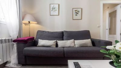 Photo for Cozy central apartment in Chamberi