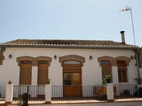 Very good value (cheap) roomy, warm, clean and convenient for the metro to Valencia and local shops