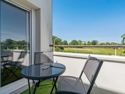 Photo for Nice flat w/ balcony and garage in Vannes, 5 min to the beach - Welkeys