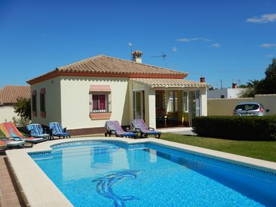 Photo for Beautiful Villa in own grounds with lawned garden, patio and Private Pool