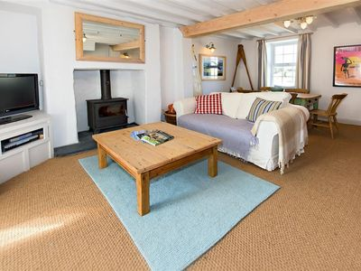 Photo for Sitting just on the outskirts of Abersoch, this delightful cottage is beautifully presented in a pre