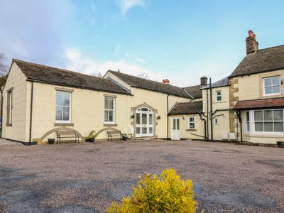 Photo for THE COACH HOUSE, pet friendly in Buxton, Ref 1001104