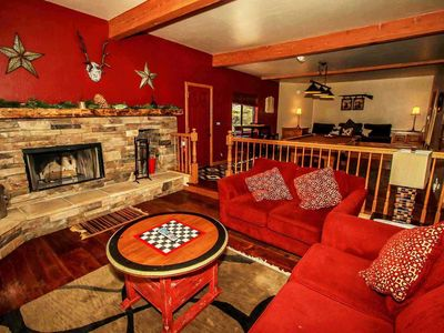 Photo for *PREMIUM CENTRAL CHALET~Hot Tub~Pool Table~Foosball~