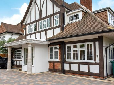 Photo for 6 bedroom accommodation in Edgware