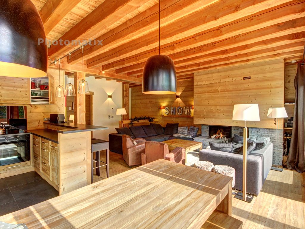 serre chevalier appartement 14 pers dans chalet grand standing luxe chemin e terrasse sud. Black Bedroom Furniture Sets. Home Design Ideas