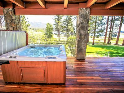 Photo for Eagles Nest Incredible 5 BR Lakefront/Hot Tub/Pool Table