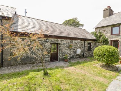Photo for 2BR Cottage Vacation Rental in Garndolbenmaen, North Wales