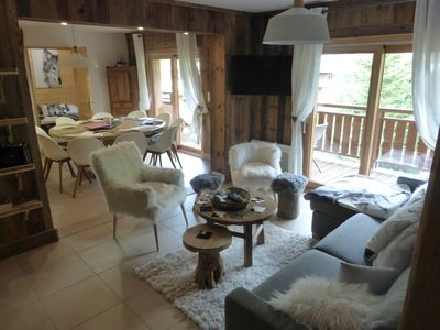 Photo for Exceptional apartment, ski slopes sleeps 12, 4 bedrooms