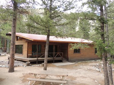 Photo for Creekside Cabin, 2 car garage, close to Hot Springs, hiking, ATV trails-St. Elmo