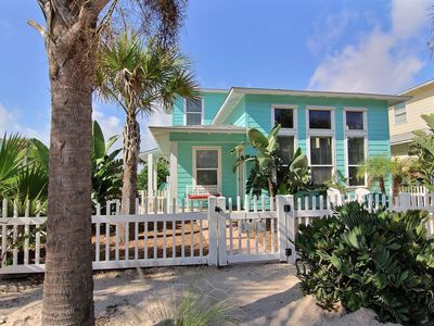 Photo for Coral Reef At Village Walk. 4 Bedroom Home, Great For Large Groups, Sleeps 12!