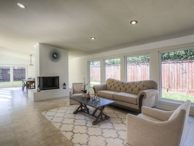 Photo for Gorgeous home close to Galleria/ Med Center & 610